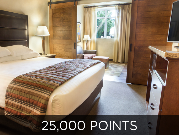 Give a Free Night - 25,000 points